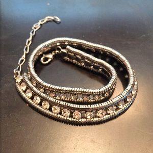 Jewelry - Stunning choker necklace💕